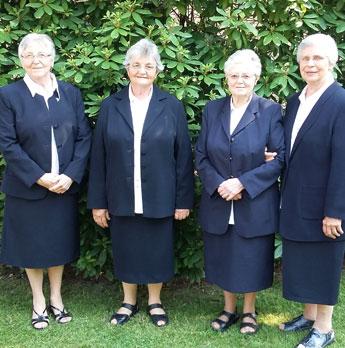 Provinzrat: (v.l.n.r.) Sr. Rosita Haubrich (Provinzassistentin), Sr. Stella Ortmeyer (Provinzoberin), Sr. Giovanni van Heur, Sr. Terezinha Heerdt
